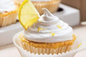 Zitronen-Buttercreme